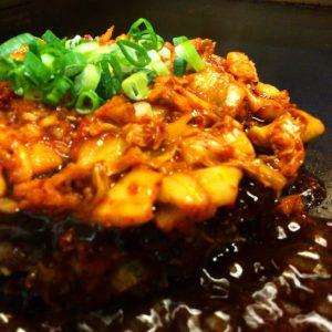 キムチと肉味噌で旨辛。+ハバネロで激辛!